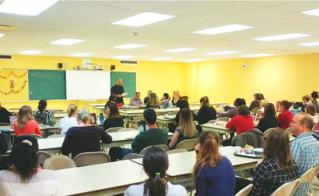 Tous les collègues de l'école Barthélemy-Vimont étaient présents pour soutenir leurs représentants lors de la lecture de la déclaration au CPEPE.