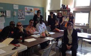 Lunettes teintées pour les rencontres collectives à l'école La Petite-Patrie
