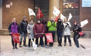 Les membres de l'école des métiers des Faubourgs étaient présents le vendredi 11 décembre. © Josée Tétreault