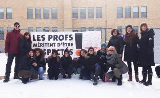La banderole… autographiée par les collègues du pavillon des Érables de l'école Saint-Barthélemy.