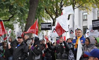 Même en fin de journée, Diane Dounavis et ses collègues de l'école Notre-Dame-des-Neiges étaient encore en voix. © Yves Parenteau