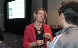 Sarah Plourde a présenté sa conférence «Établir un lien de complicité avec les parents».