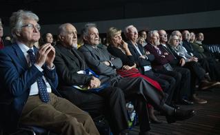 Aux premières loges lors du discours d'ouverture : les anciennes présidences Matthias Rioux (1967-1972), Rodolphe Chartrand, vice-président et auteur du livre «Une certaine Alliance… 60 ans et après», Denis Grenon (1988-1991), Lorraine Pagé (1985-1988), Rodrigue Dubé (1977-1985), André Lavallée (1991-1993), Pierre Lemaire (1975-1977), Monique Séguin (1998-2001), François Audet (2001-2003), Pierre St-Germain (2003-2007), Nathalie Morel (2007-2010) et Alain Marois (2010-2013).