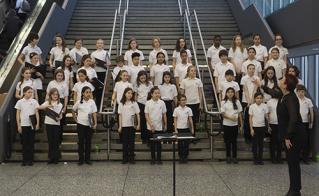 La Chorale de l'école Face. © JFL