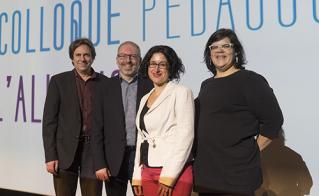 Claude Vaillancourt, Karel Mayrand, Pascale Grignon et Mélissa Mollen-Dupuis étaient les invités pour le panel d'ouverture du colloque.  © JFL