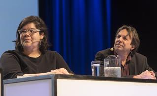 Pour compléter le quatuor d'ouverture, Mélissa Mollen-Dupuis, de Idle No More, et Claude Vaillancourt, de l'Association pour la Taxation des Transactions financières pour l'Aide aux Citoyens. © JFL