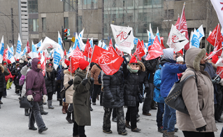 Les délégués de la FIQ et de la FAE ont pu fraterniser et se solidariser.