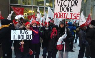 Belle initiative des collègues de Victor-Doré avec leur pancartes originales.